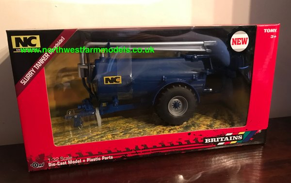 BRITAINS FARM 1:32 SCALE 43201 NC SLURRY TANKER (ROADSIDE) BLUE **NEW**