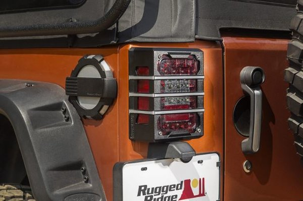 RUGGED RIDGE ELITE TAILLIGHT GAURDS 07-16 WRANGLER  11226.04