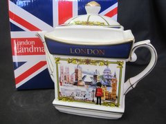 London Scenes Tea Pot