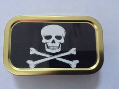 Skull and crossbones 1oz tin