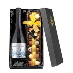 Winter Snow Prosecco with Chocolates Giftpack