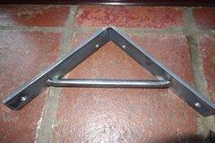 "1.5"" Wide Heavy Duty Shelf Bracket - Round bar support"