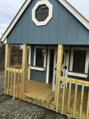 USED Blue Playhouse