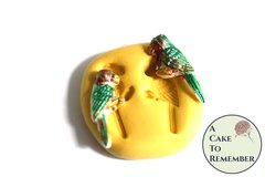 Little parrot mold, parrot mold for cupcake toppers or cake pops. Gumpaste or fondant mold, polymer clay or resin mold. M5143