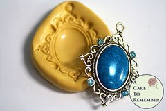 Oval jewel brooch silicone mold for polymer clay and gumpaste or fondant. M5156