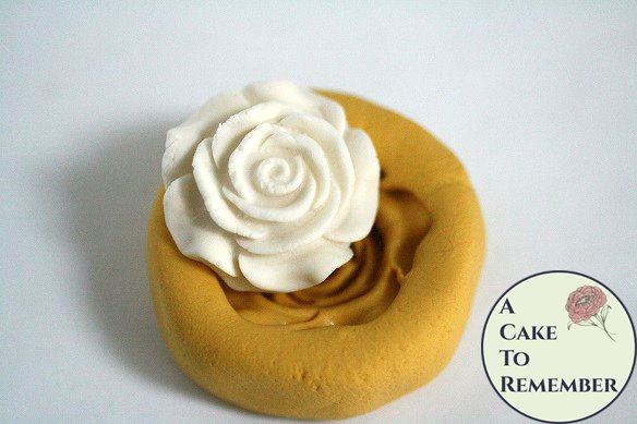 "Single rose silicone mold, about 1"" wide. Fondant or gumpaste mold. Rose mold for cakes or cupcake toppers. M5123"