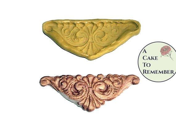 Silicone mold for corner scrollwork M1052