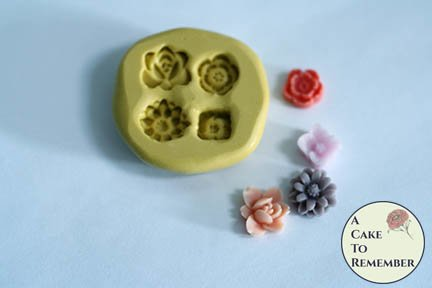 Tiny flowers mini food grade silicone rubber mold M044