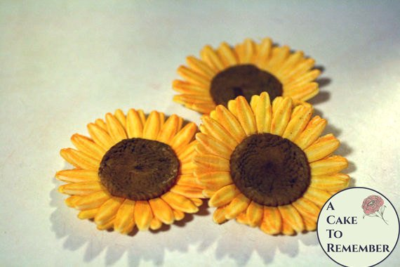 1 Gumpaste sunflower, sugar flowers for cake decorating.