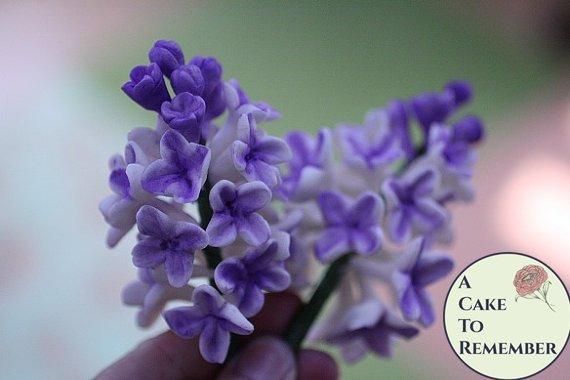 Gumpaste Lilac Cluster for Cake Decorating, gumpaste filler flowers