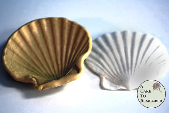 """4"""" Clam shell silicone mold for cake decorating or polymer clay  M40"""