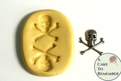 Little skull and crossbones mold for cake decorating or cupcake decorating. Halloween molds, Halloween cakes. M5021
