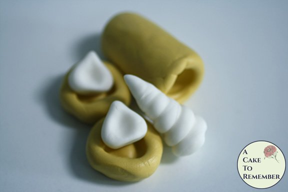3D unicorn horn and ear silicone mold set for cupcake toppers M5199