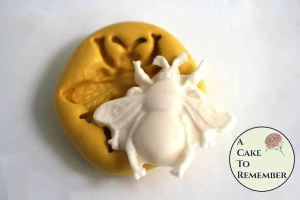 silicone bee mold for fondant and gumpaste. Cake decorating bee mold, bee mold for polymer clay M5084