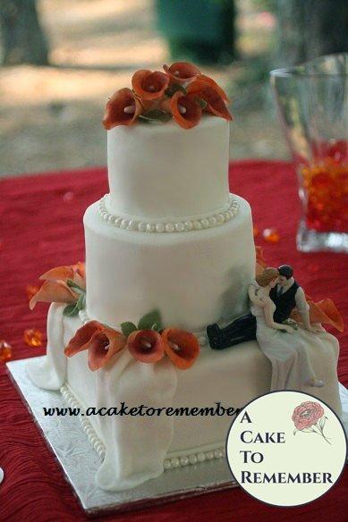 Gumpaste calla lilies, sugar callas for cake decorating