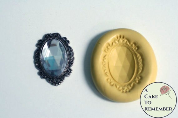 Large framed jewel mold for cake decorating or cupcake decorating. Gumpaste jewel mold, brooch mold. M5011