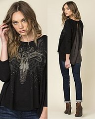 Miss Me Highlow Graphic Top