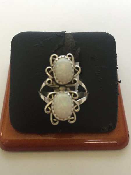 Navajo Sterling silver & white opal ring