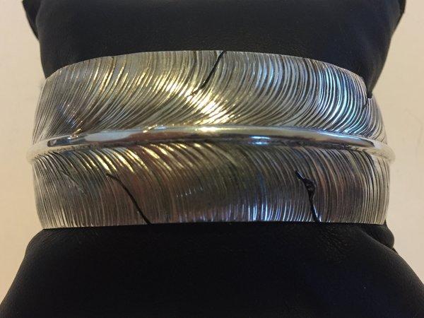 Ben Begaye large sterling silver Feather bracelet