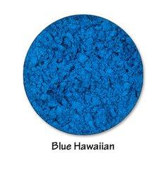 Mineral eye shimmer in Blue Hawaiian