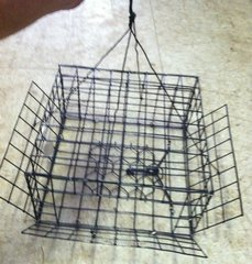 "CRAB TRAP-HAND HELD MADE IN USA VINYL COATED L12""x W12"" x H6"" ENTRANCE ALL SIDES"