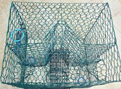 "FULL SIZE CRAB POT/TRAP PRO VINYL COATED L24"" x W24"" x H19"" ENTRANCE 4 SIDES--"