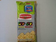 50-50 Maska Chaska Crackers Family Pack Britannia 372 g