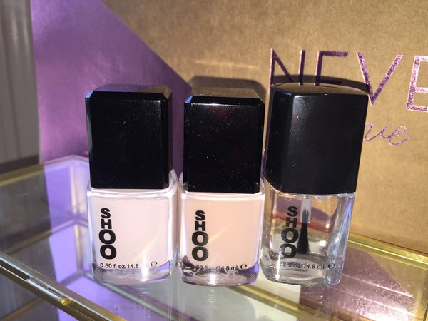 At the Beach: #Fine&Sandy and #SandCastle with a complimentary top/base coat