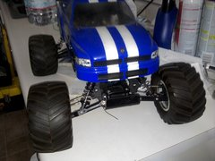 R/C HOBBIES Gas R/C CAR 1/10 SCALE