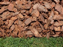 Bulk Mulch - Pine Bark Nuggets