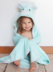 Toddler's Personalized Giraffe Hooded Towel