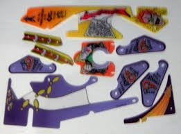 PARTY ZONE SILKSCREENED PLAYFIELD PLASTIC SET