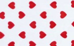 Red Heart 3x1.75x6.75 inch 1/2 lb. Cello Gusset Candy Bags 100 piece