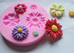 Assorted Flowers Silicone Fondant Gumpaste Push Mold