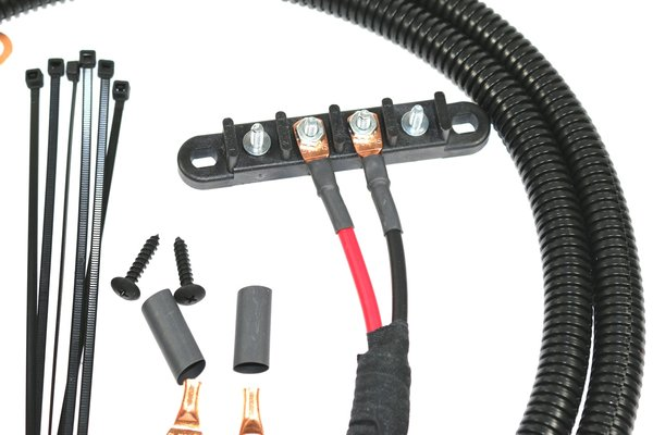 universal power cable with circuit breaker and 4 post busbar for older model rzr u0026 39 s and utv u0026 39 s