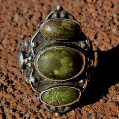 1910s INGOT FRED HARVEY ERA THUNDERBIRD ARROW STAMPED OLIVE GREEN TURQUOISE SILVER RING