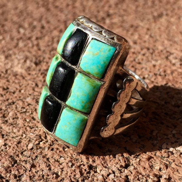 SOLD 1940s NEW MEXICO TURQUOISE & ONXY 9 STONE SILVER SANDCAST RING