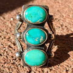 1920s OVAL STOPLIGHT BLUE GREEN TURQUOISE RING