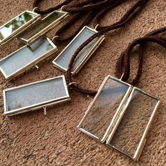 RECTANGLE CHROME GLASS & METAL PENDANT KEEPSAKE LOCKET on AMERICAN DEERSKIN