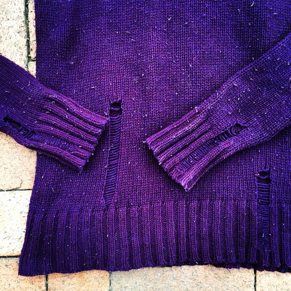 JAPANESE HOBO STYLE WOOL DELIBERATELY DISTRESSED & SNAGGED PURPLE SWEATER