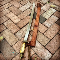 1940s MEXICAN VAQUERO INCRIBED SWORD & TOOLED LEATHER SCABBARD