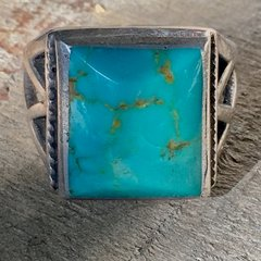 1920s SANDCAST SQUARE OPEN BAND LIGHT BRIGHT BEVELED BLUE TURQUOISE RING