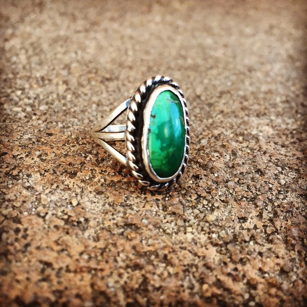 SOLD 1930s TURQUOISE SILVER RING