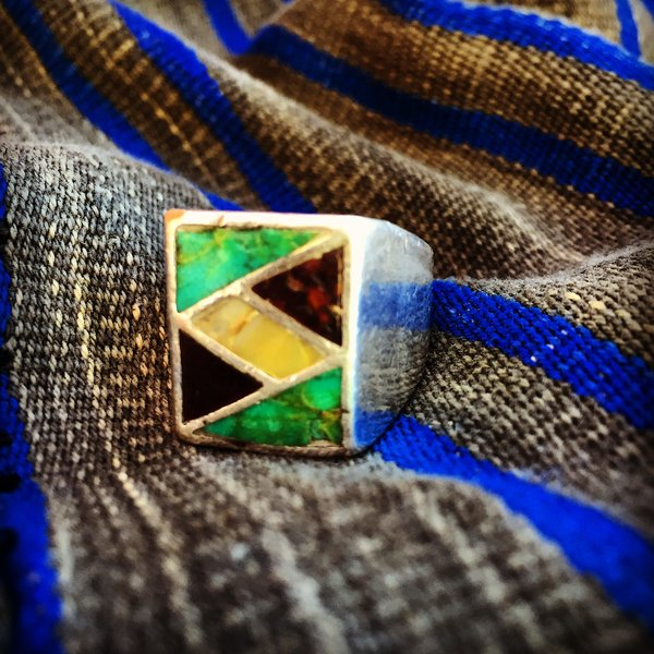 SOLD 1940s AMERICAN SPINEY OYSTER, MOTHER OF PEARL, TURQUOISE INLAY MENS SILVER RING