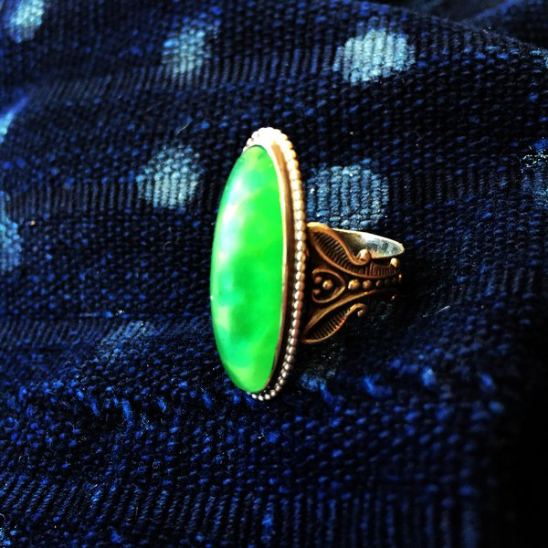 SOLD VINTAGE REPRODUCTION FRED HARVEY STYLE DRAGONS BREATH GLASS & SILVER RING