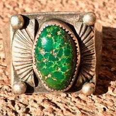 1920s SIDE SHIELD OVAL GREEN TURQUOISE SQUARE SILVER RING