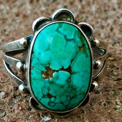1920s LIGHT BRIGHT BLUE TURQUOISE RING WITH DAINTY BAND