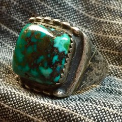 1930s SPIDERWEB HARD TURQUOISE SILVER AMERICAN MENS RING