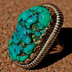 1950s CHISELED INGOT HUMONGOUS BLUE GREEN KINGMAN TURQUOISE RING