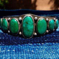 1920s SOLD INGOT SILVER STAMPED AMERICAN WIDE 7 CERILLOS TURQUOISE OVAL STONE CUFF